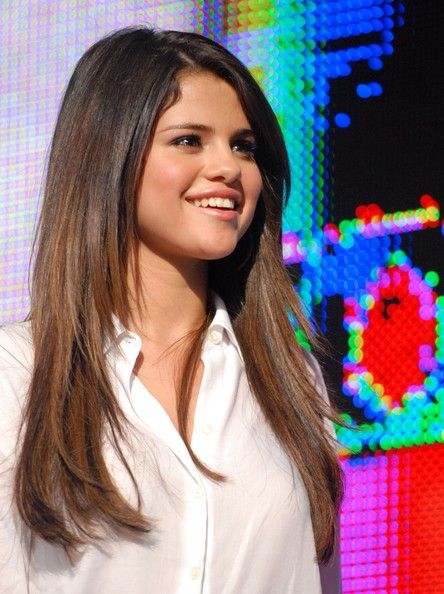 More Pics Of Selena Gomez Long Straight Cut In 2018 Hair Cuts