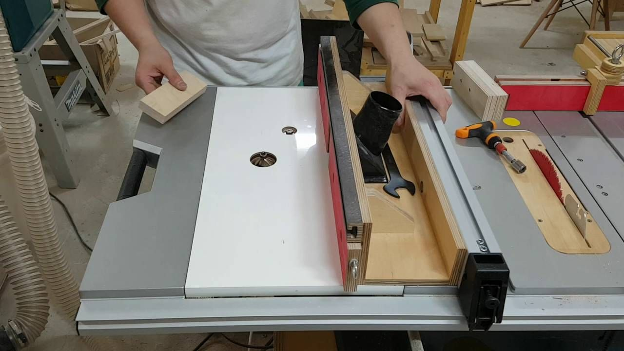 BOSCH GTS 10 XC table saw 테이블쏘제작 | Maison, Garage