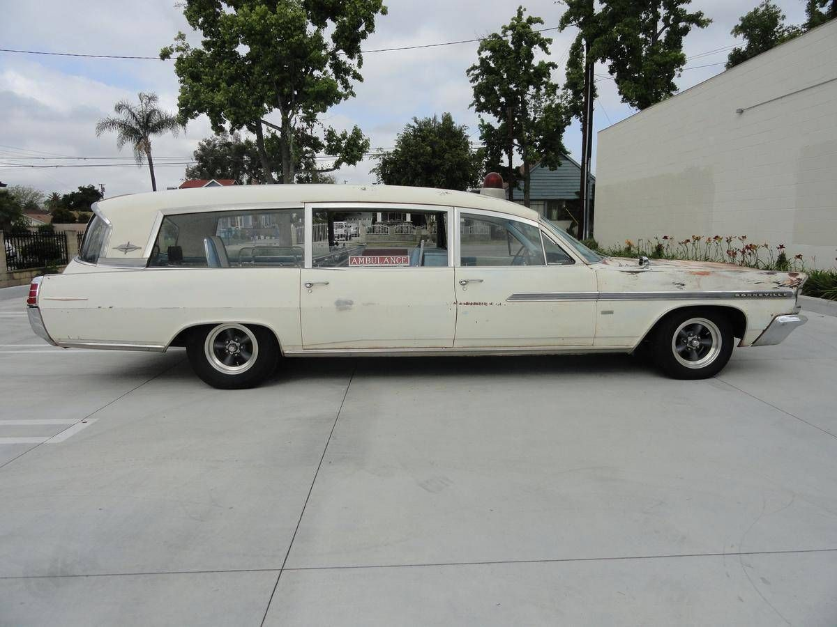 1963 Pontiac Bonneville Ambulance  | AMBULANCES | Pontiac