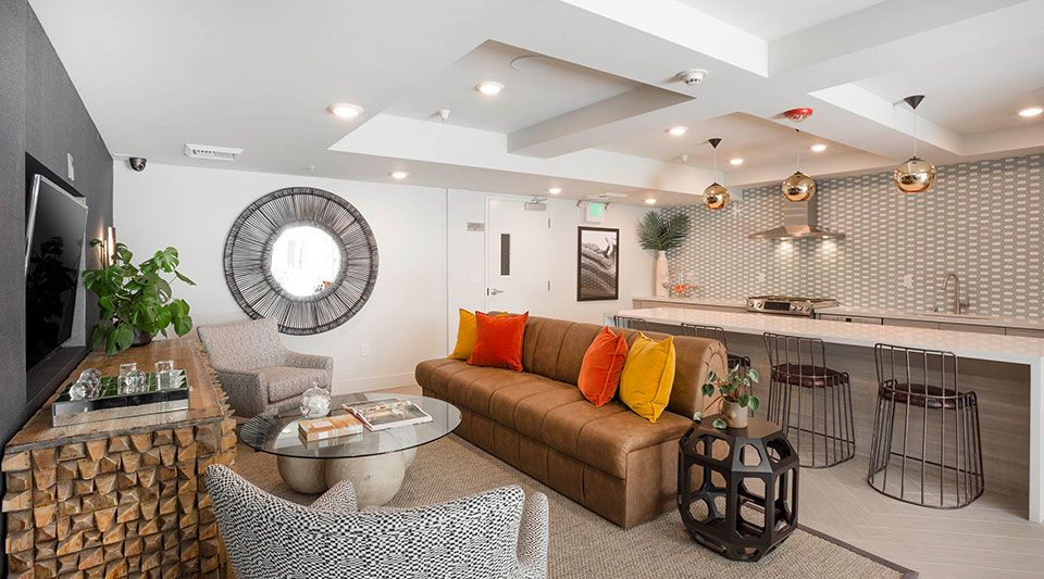 Browse Photos Of Onyx Glendale Apartments Apartment Luxury Apartments Apartments For Rent