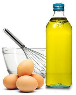 huevo y aceite de oliva para el pelo