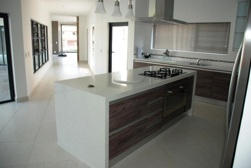 Brava kitchens kitchens johannesburg kitchen cupboards for Kitchens johannesburg