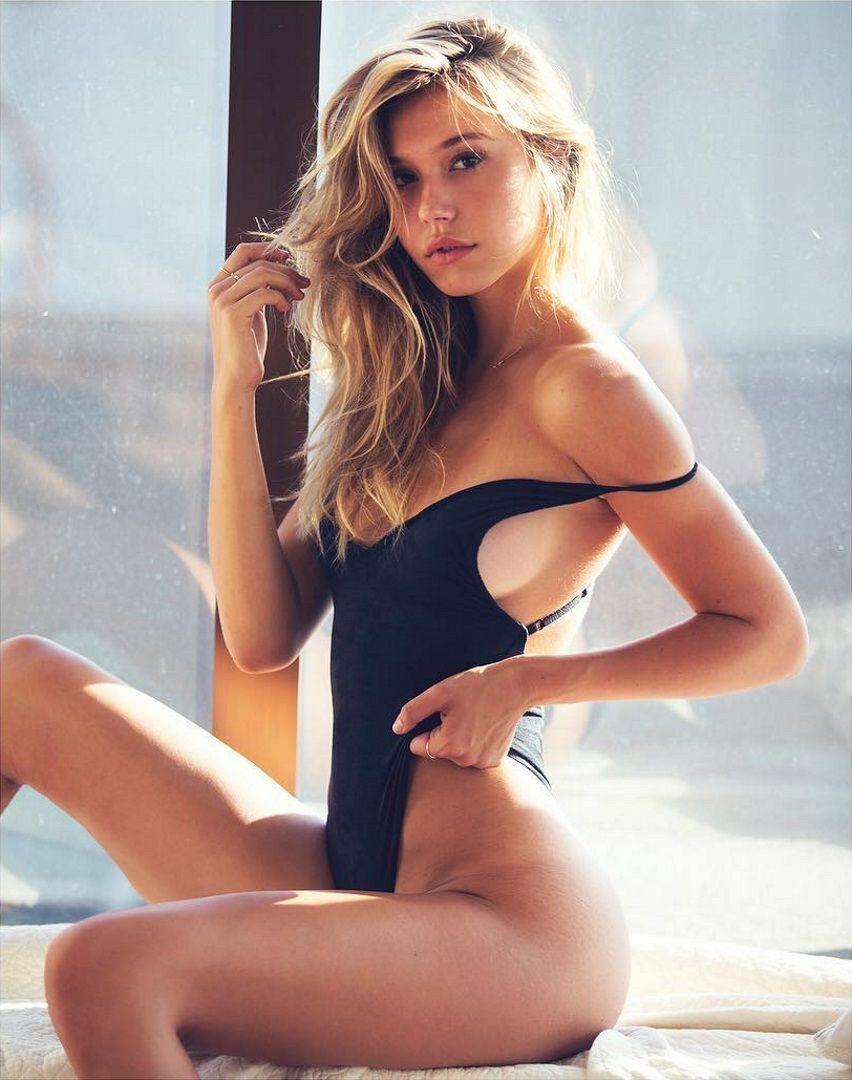 Where Arousal photos of hot babes