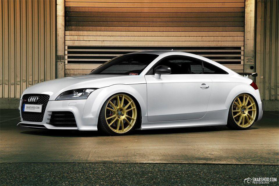 Audi Ttrs 3 I Love Gold Rims On White Audi Tt Audi Tt