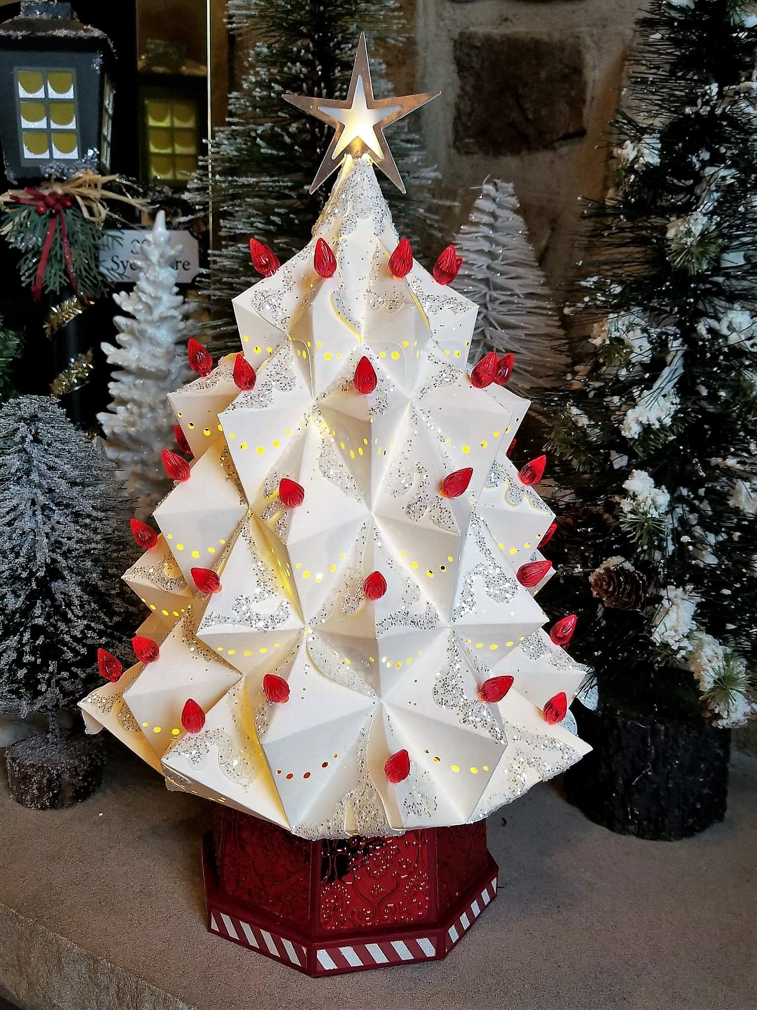 Heirloom Christmas Tree svgcuts Christmas ornaments to
