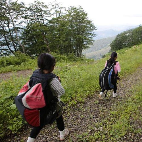 お子様連れで長野県須坂市から白馬五竜へパラグライダーツアー