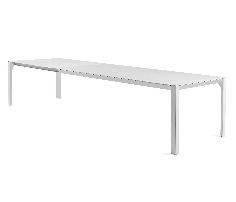 Varaschin Mobili Da Giardino.Babette Tavolo Tavoli Da Pranzo Da Giardino Di Design Varaschin