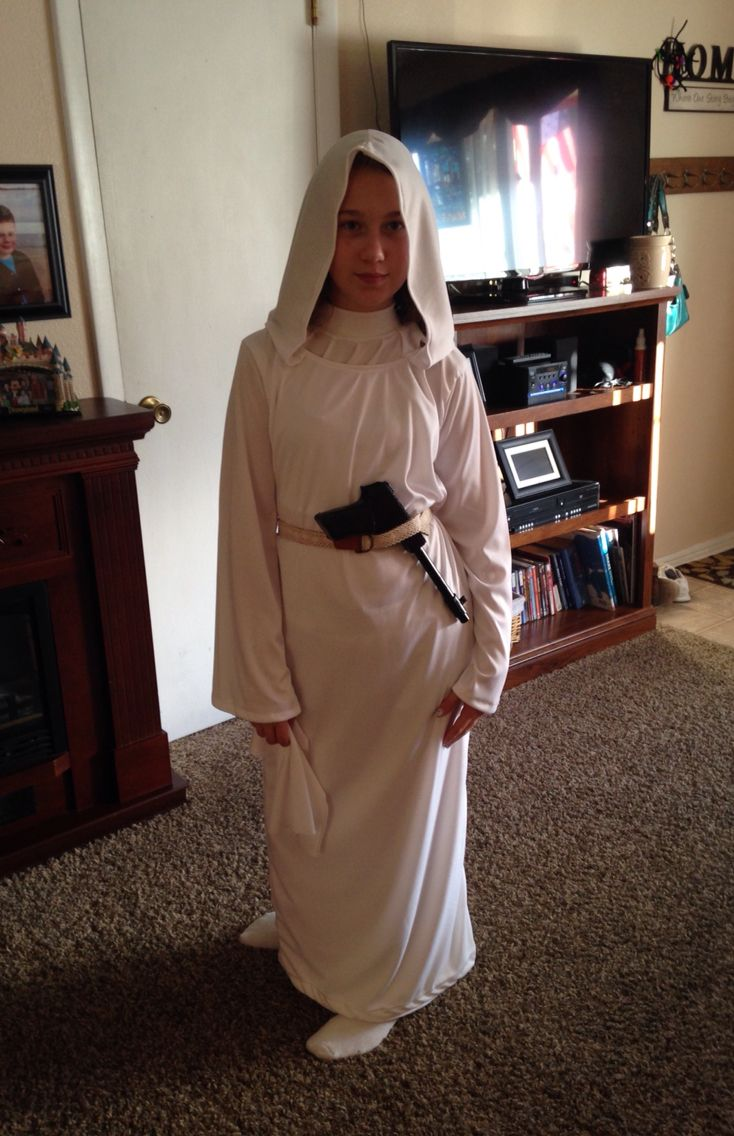 Princess Leia costume