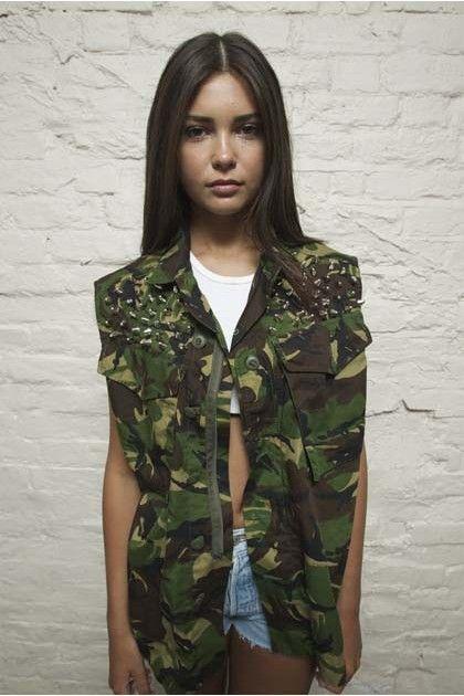 738ea2ecd84ccf Nato Sleeveless Camo Jacket
