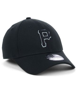 New Era Pittsburgh Pirates Black and White Classic 39THIRTY Stretch-Fitted  Cap - Black L XL 7a2080e6d7b7