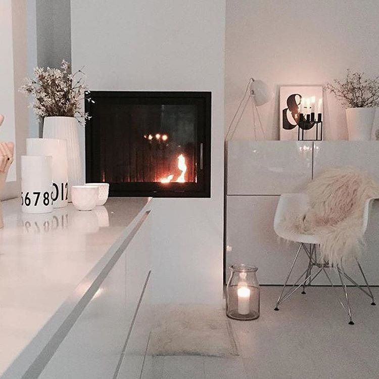 Perfect luxe house vibes @monochromehomebyjessica #thestyleluxe - Kuhfell Teppich Wohnzimmer