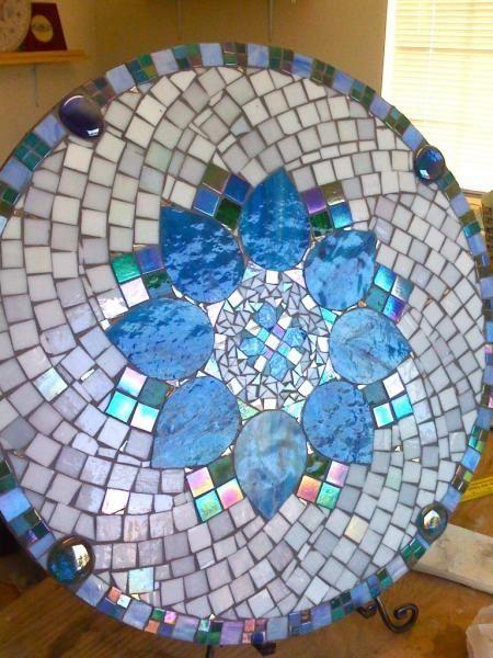 Mosaic table     #art #mosaic