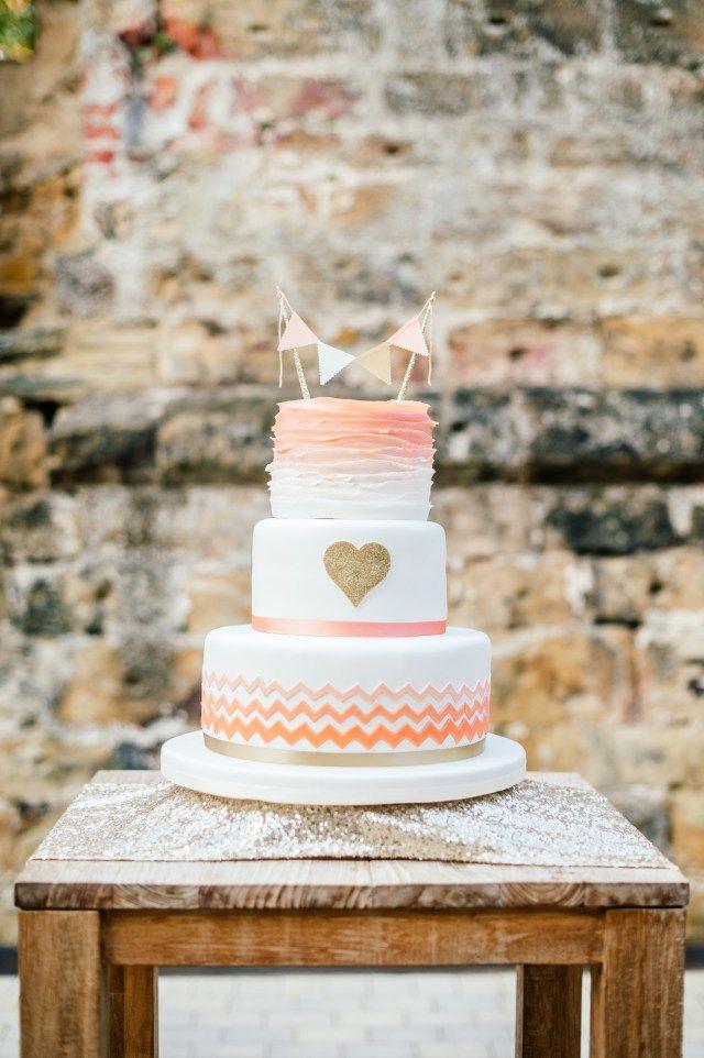 Hochzeitstorte Von Suess Und Salzig Farbwelt Apricot Hochzeit