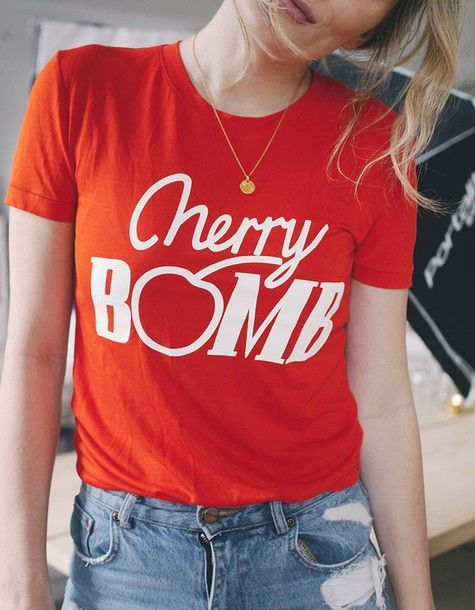 T-shirt: tumblr red necklace gold necklace coin necklace gold jewelry jewels jewelry denim jeans