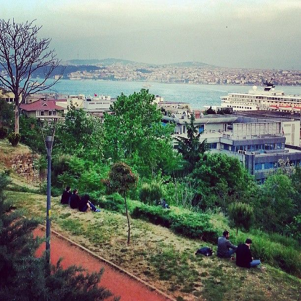 The best places to watch sunset in Istanbul - Cihangir Park