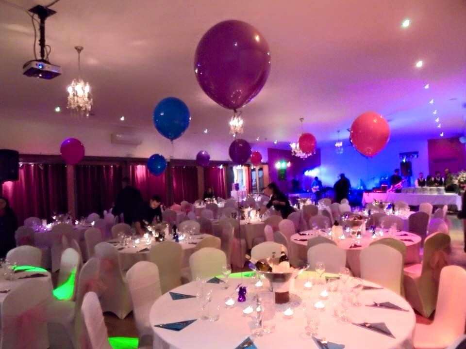 Weddingvenue Vuk Banqueting Suite Can Accommodate And Organize Events Of All Sizes Events F Wedding Venues London Wedding Venues Wedding Reception Venues