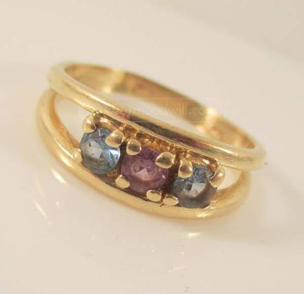 shopgoodwill.com: 026 14K Gold Blue Topaz