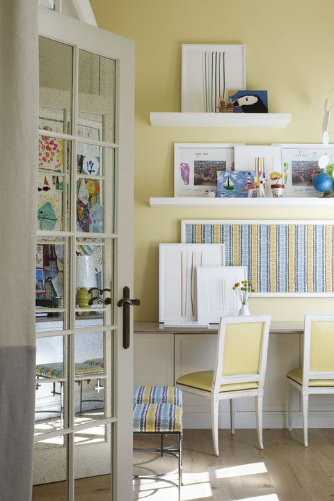 15 Paint Colors That Make A Small Space Feel Massive images