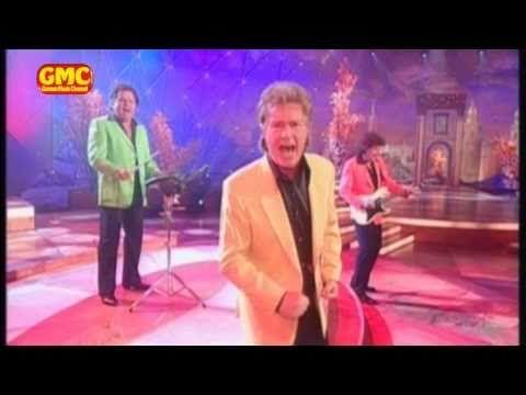 Andrea Berg Diese Nacht Ist Jede Sünde Wert Die Flippers Hit Medley Youtube Schlager Musik Deutsche Schlager Lieder