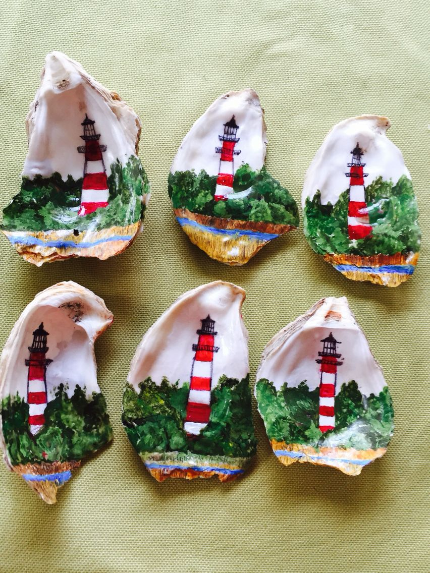 My Hand Painted Oyster Shell Ornaments Oyster Shell Crafts Shell Crafts Diy Shell Crafts