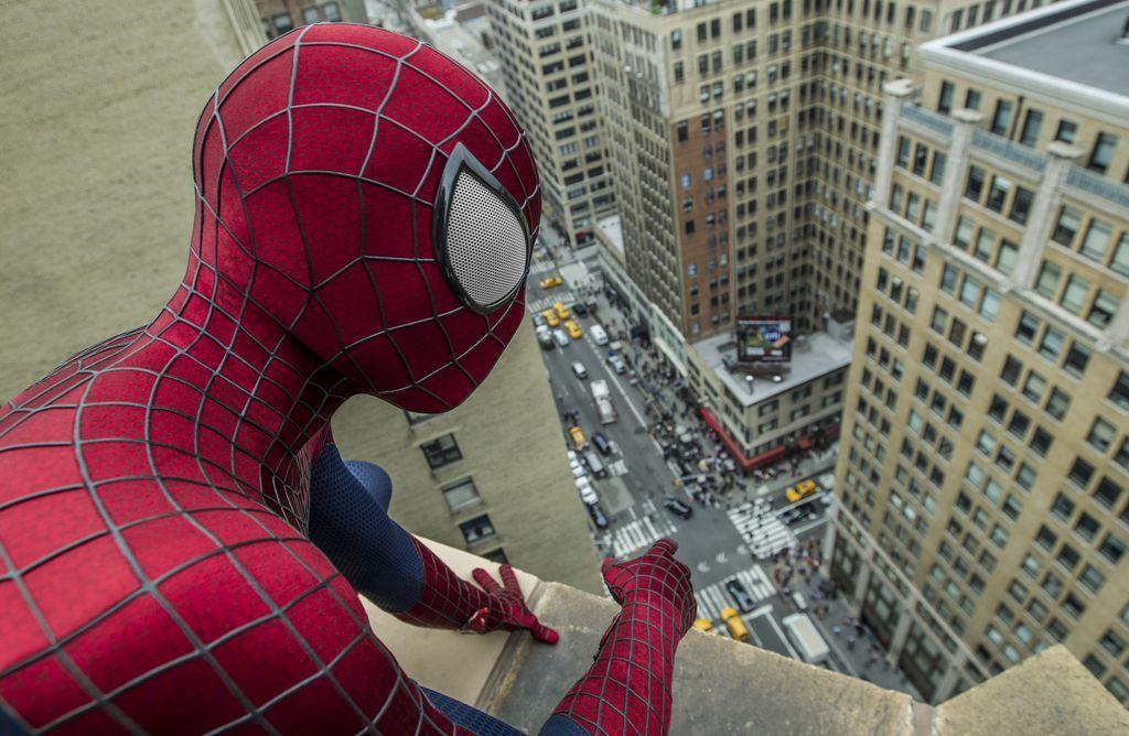 """""""The Amazing Spider Man 2 - Rise of Electro"""": Die Liebe einer Spinne - Geschmeidig und unbekümmert geht Spider-Man im zweiten Teil der Wiederauflage der Comic-Verfilmung auf Verbrecherjagd. Zur Filmkritik: http://www.nachrichten.at/freizeit/kino/filmrezensionen/Die-Liebe-einer-Spinne;art12975,1363245 (Bild: Sony Pictures)"""