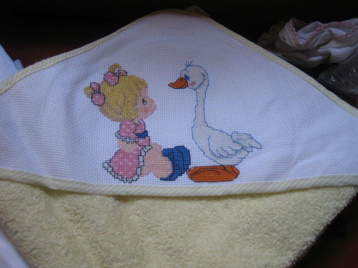Pin cenefas punto cruz para toallas graffiti imagen on pinterest lenceria de bebe y mas - Cenefas punto de cruz para toallas de bano ...