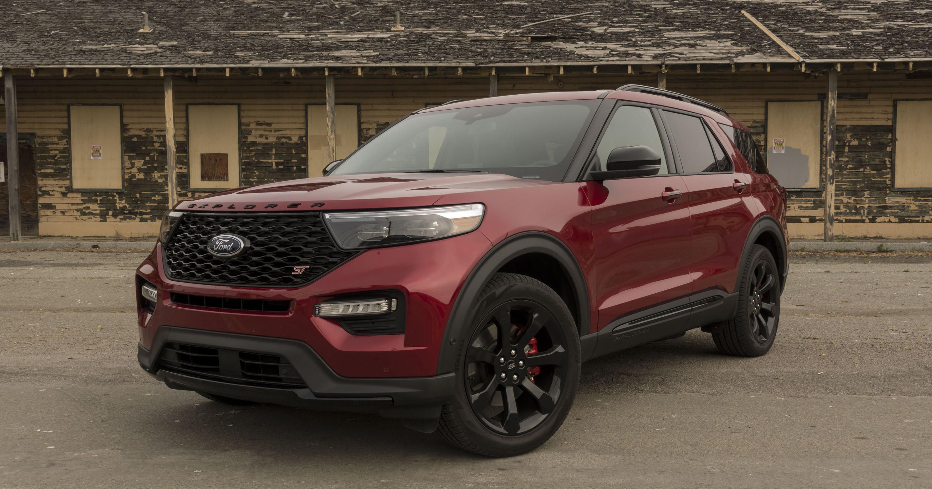 2020 Ford Explorer St Review A Midsize Suv With A Focus On Fast
