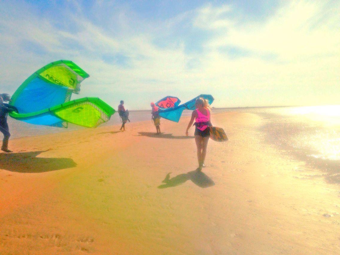 I'm flying high you know how i feel #kites #kiteboard