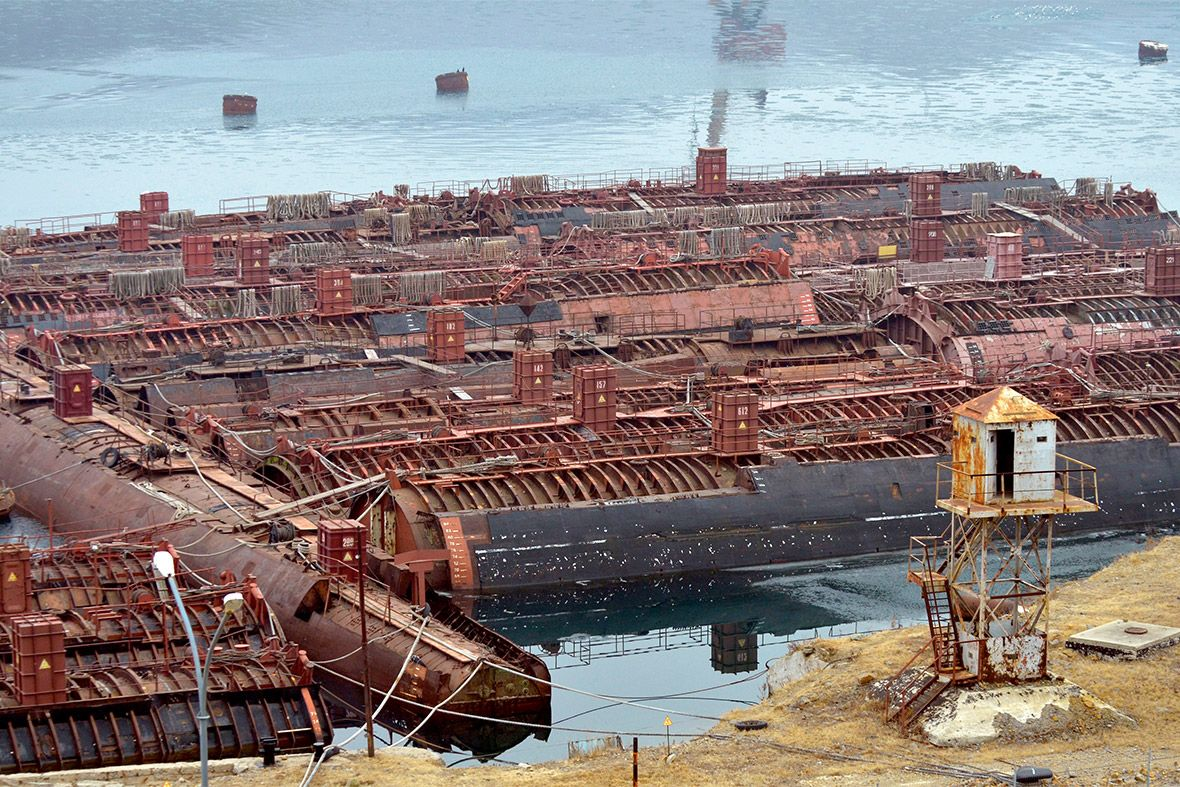 Russian submarine graveyard in the Murmansk Oblast [1180×787