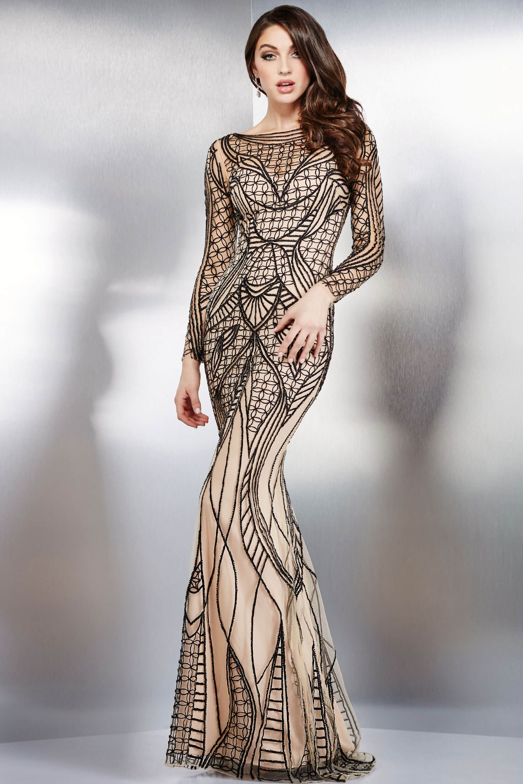 Black and nude fitted long sleeves dress vestidos gala