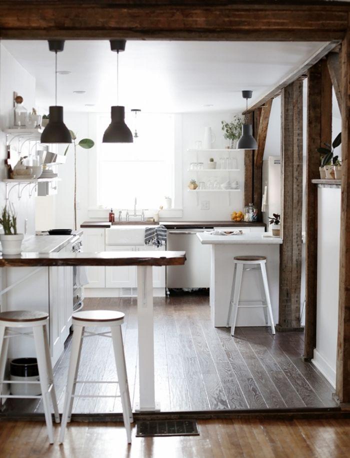 cocina tradicional, cocina de madera pintada en blanco, espacio ...