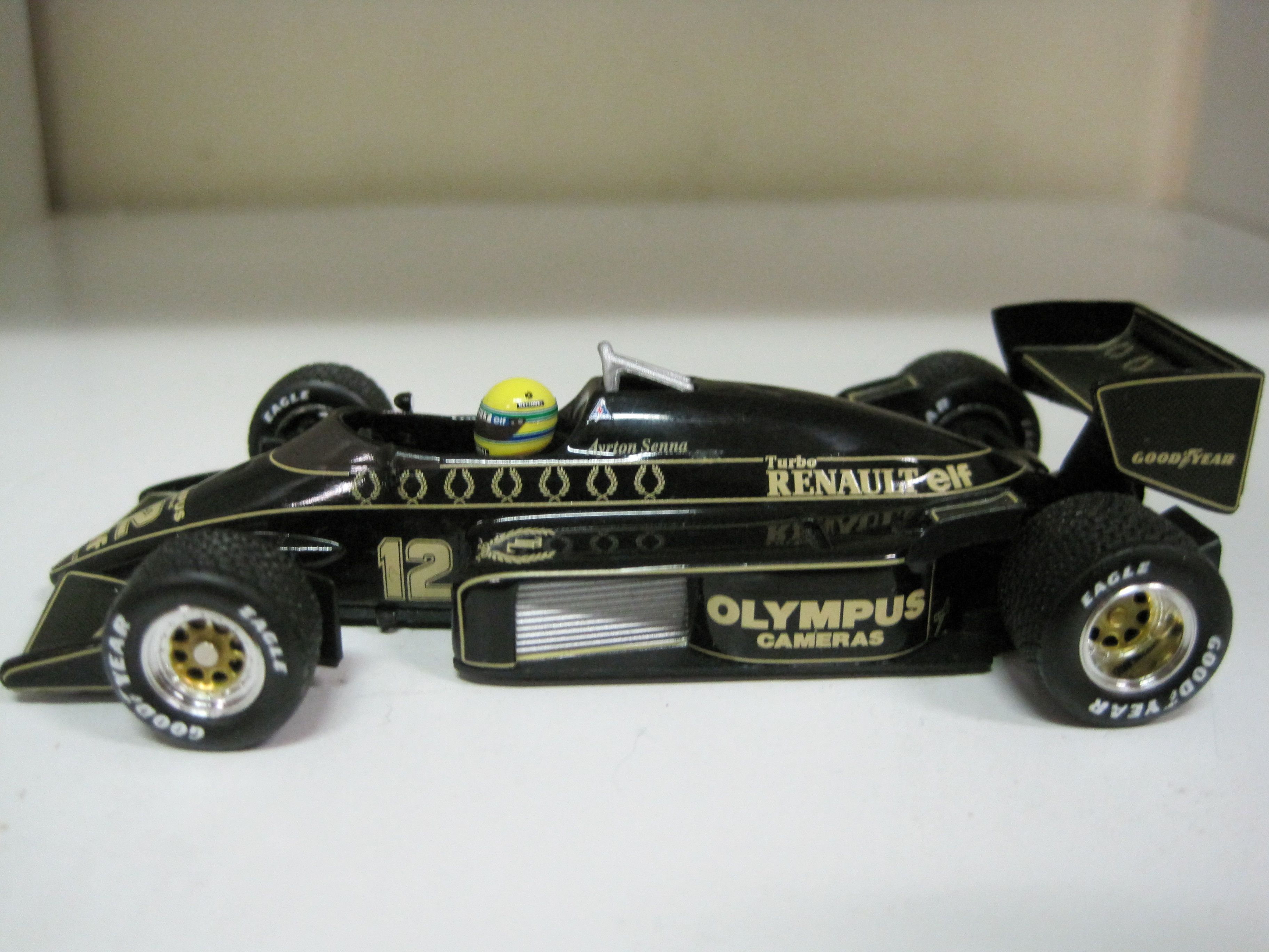 All my minichamps if you have any questions please feel free to ask
