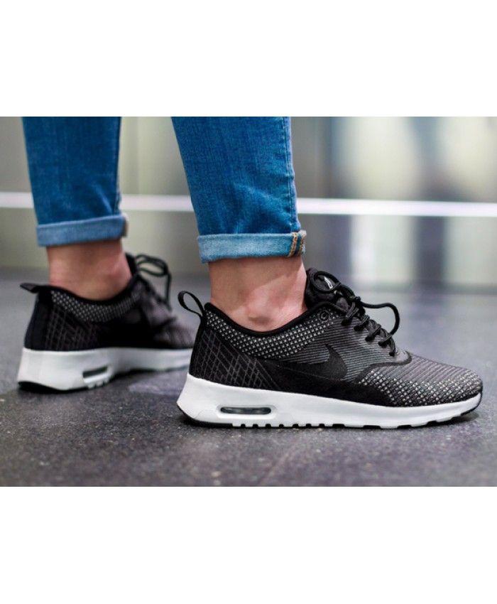 Royaume-Uni disponibilité a9dd0 ac9af Chaussure Nike Air Max Thea Gris Noir Argent Unisexe | Pas ...