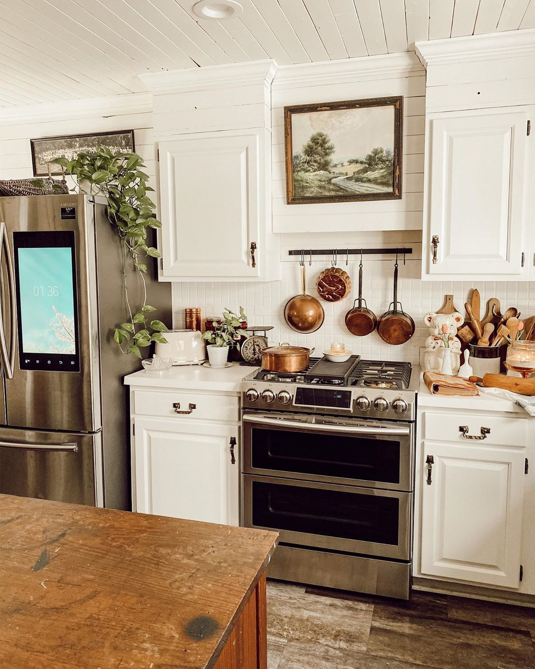 Danielle Lea S Instagram Post Hey Guys We Are Still Loving Our Smart Samsunghomeappliances Range Ad Di In 2020 Kitchen Design Home Decor Dyi Kitchen Remodel