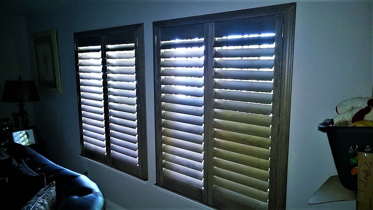 Hunter Douglas Heritance 4 1 2 Wood Shutters W Rear Tilt And Colonial Frames Color Salt Pepper Popular Window Treatments Wood Shutters Blinds
