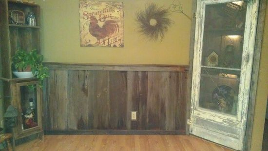 Ordinaire 100 Year Old Barn Wood Chair Rail In Kitchen. Love This!