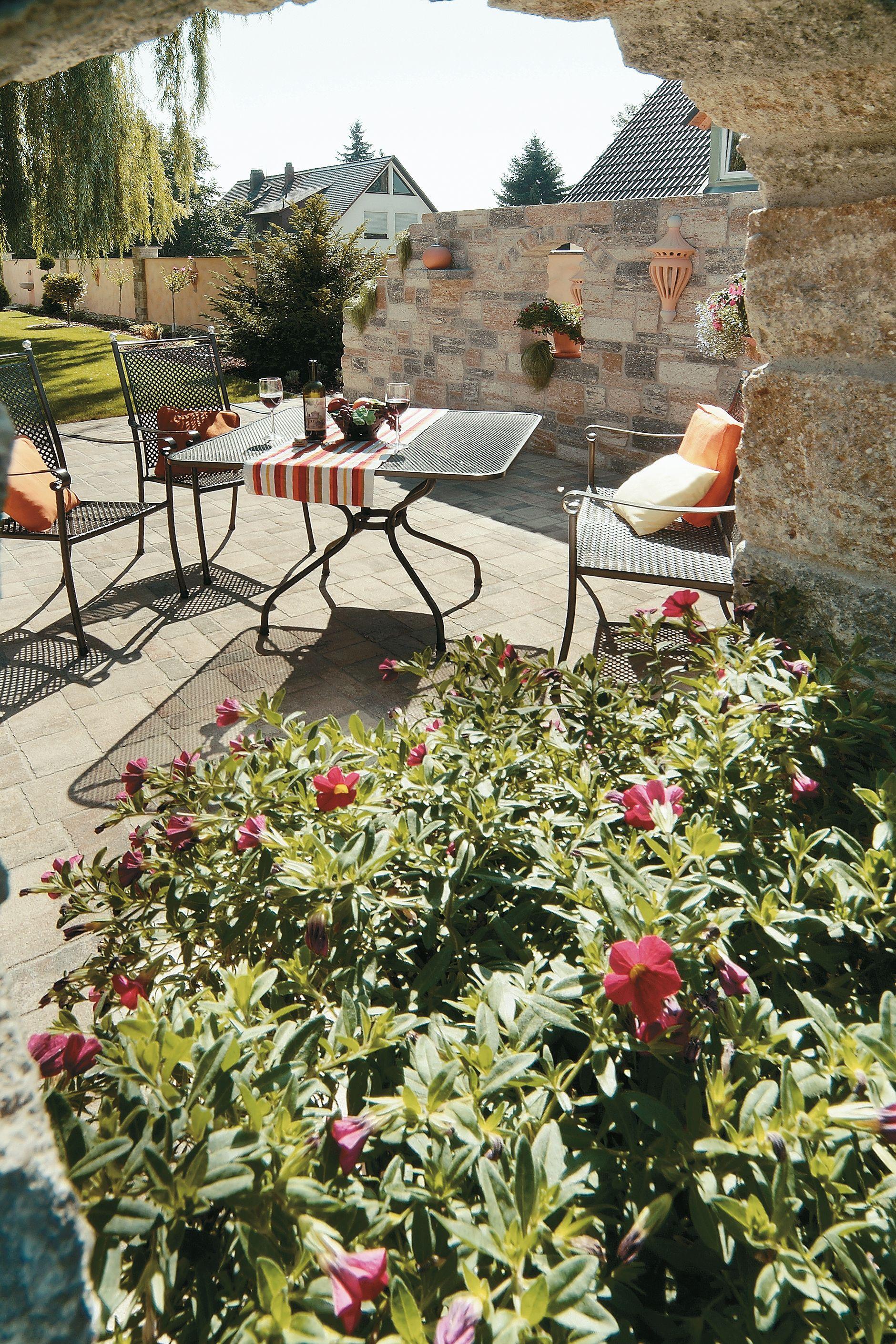 Gemütliche, mediterrane Terrasse   Mediterrane gartengestaltung ...