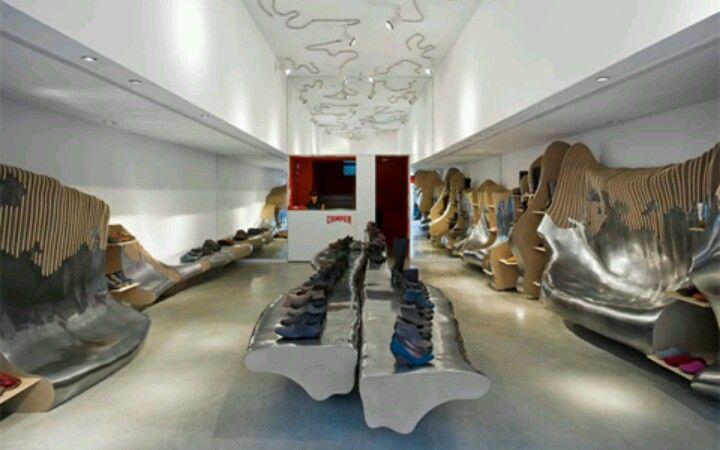 Tienda camper sevilla interiores dise o interior de - Diseno interiores sevilla ...