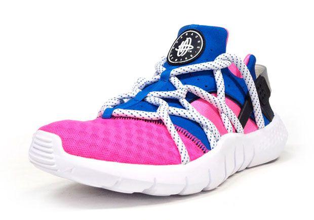 nike huarache pink and blue