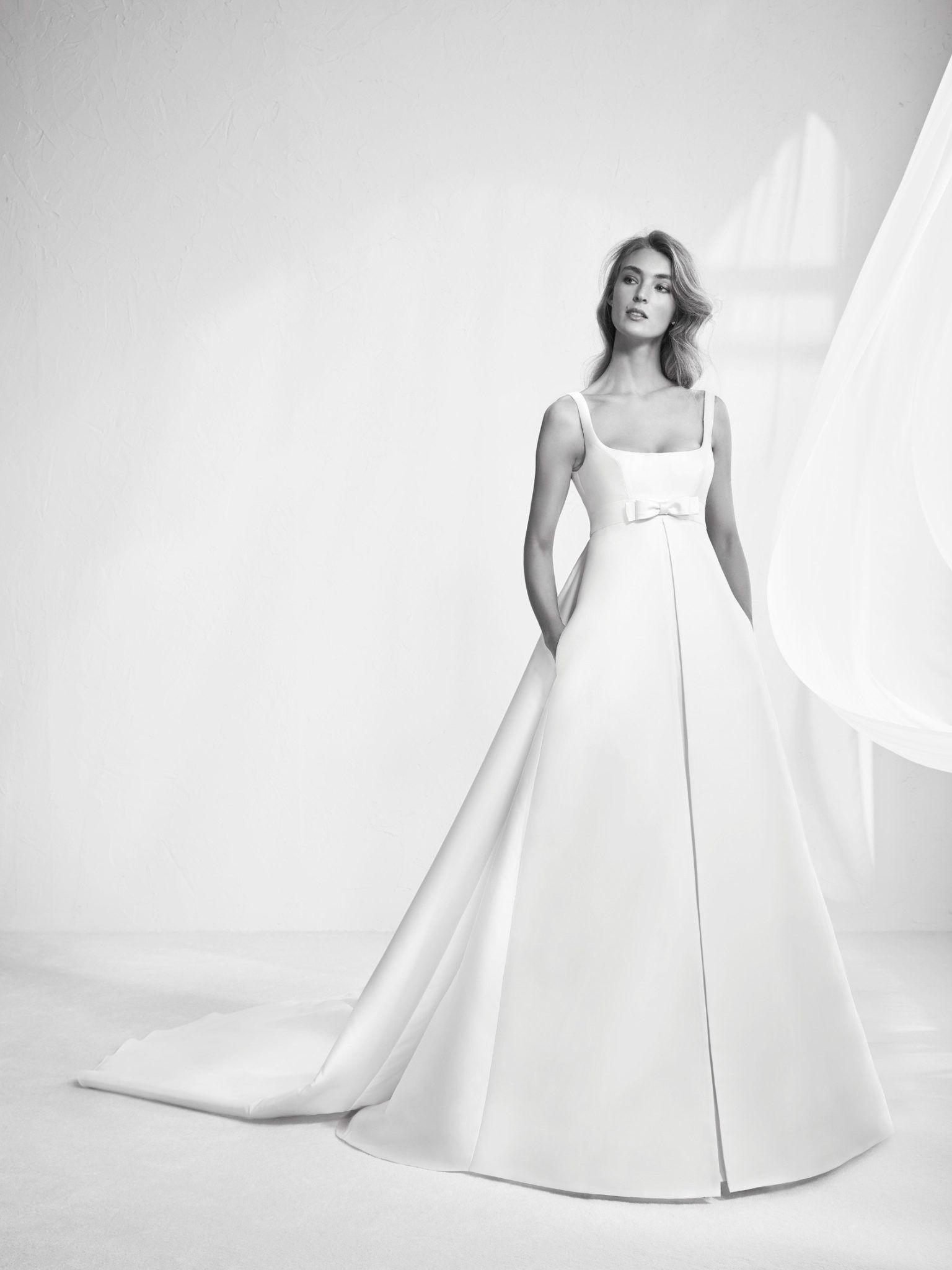 Con la consulenza della Fata Madrina trovi l abito da sposa dei tuoi sogni  RisparmiandoNOZZE c4d2ce777be0
