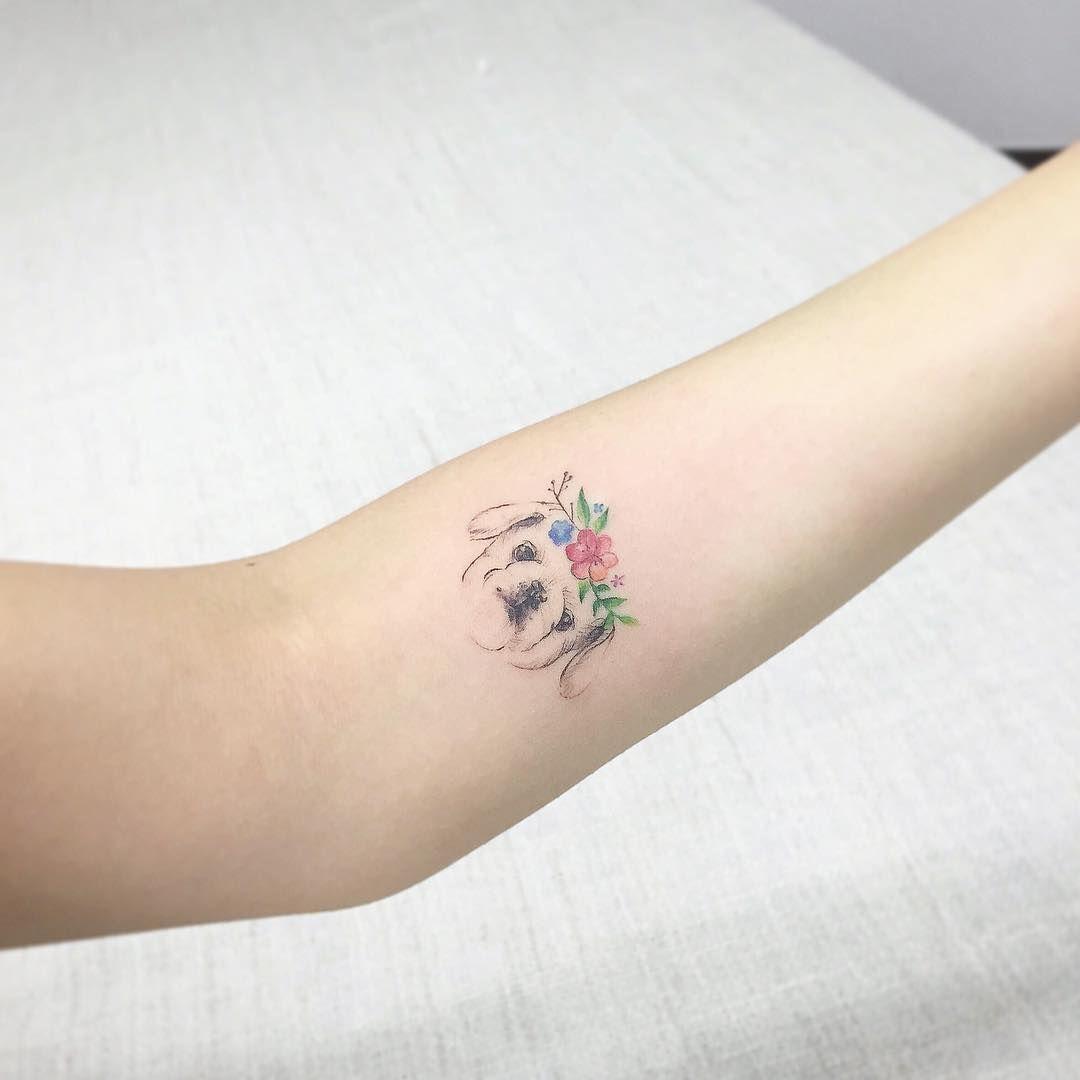 31 magnifiques tatouages pour les amoureux des chiens lovely lovely tattoos pinterest. Black Bedroom Furniture Sets. Home Design Ideas