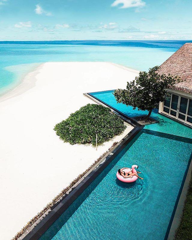 Private Island Beaches: Four Seasons Maldives Private Island Voavah #Maldives