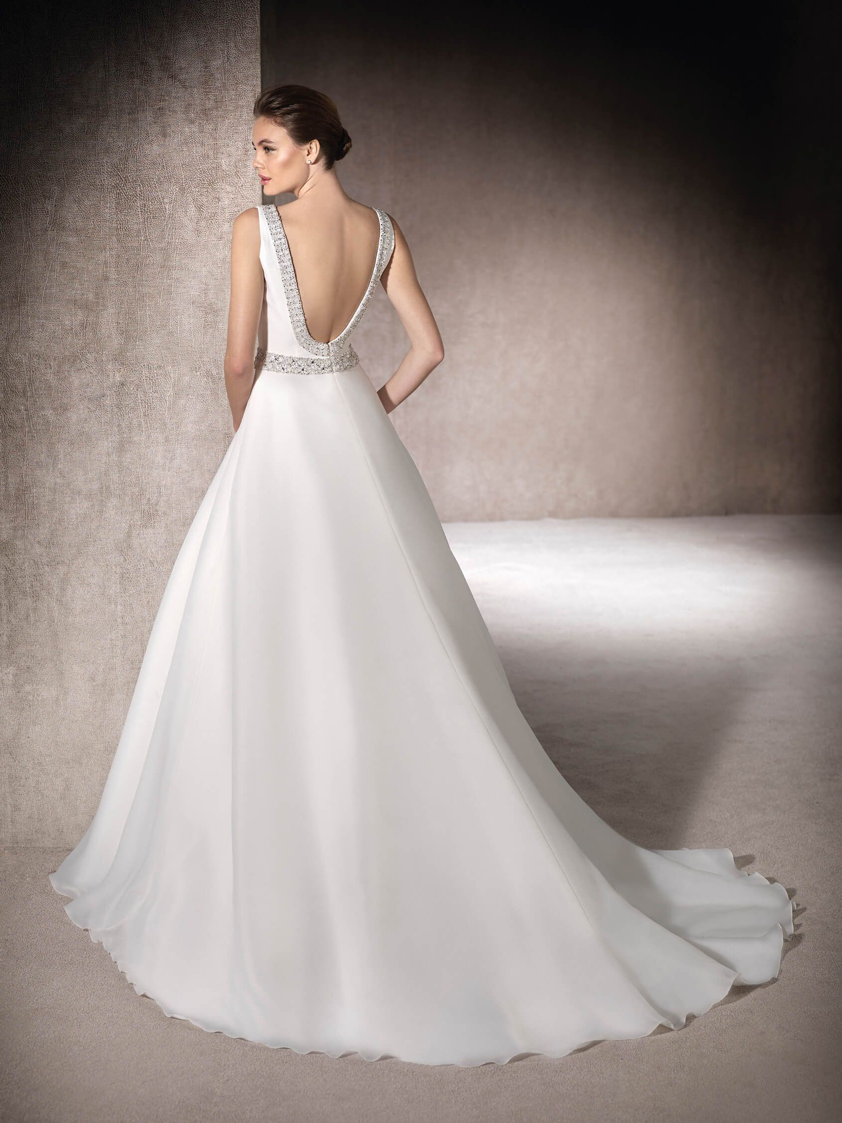 MELBA - Princess wedding dress in garza and gemstone embroidery | St ...