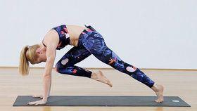 Photo of Mit 5 Yoga-Übungen Unterbauchfett loswerden #corepilates Yoga Video Tutorial: 3…