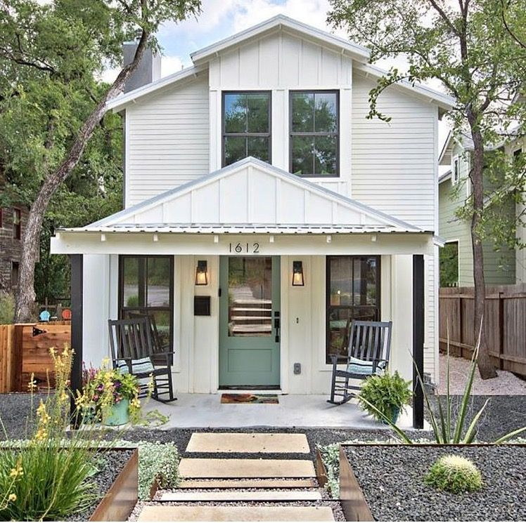This Two Story Modern Farmhouse In Austin Started Out As A Small Nondescript Cottage Remodel By Ave B Development