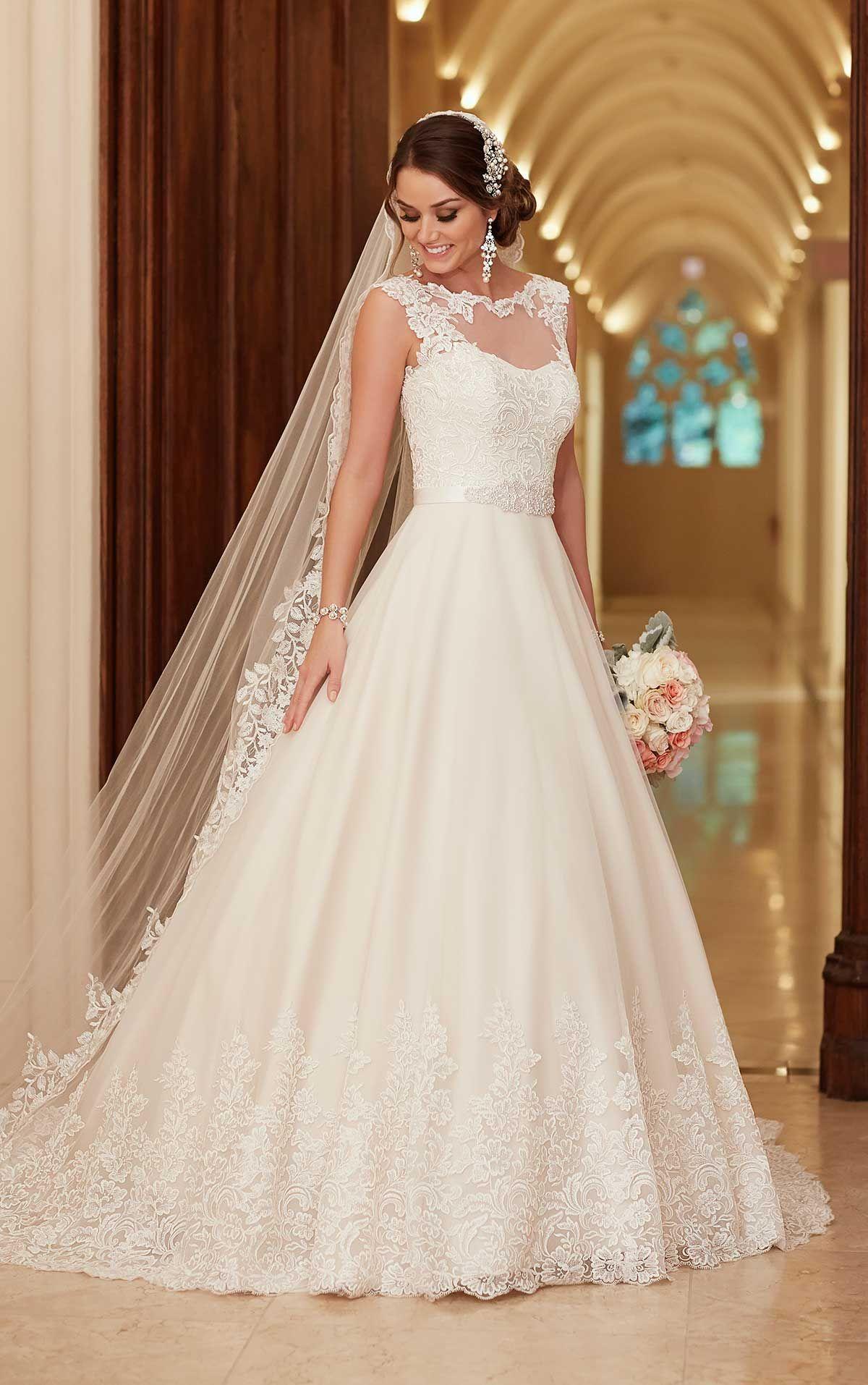 Traditional Lace Wedding Dress with Train   Pinterest   Stella york ...