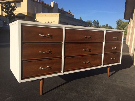 Best Mid Century Modern Dixie Bedroom Dresser And Nightstands 400 x 300