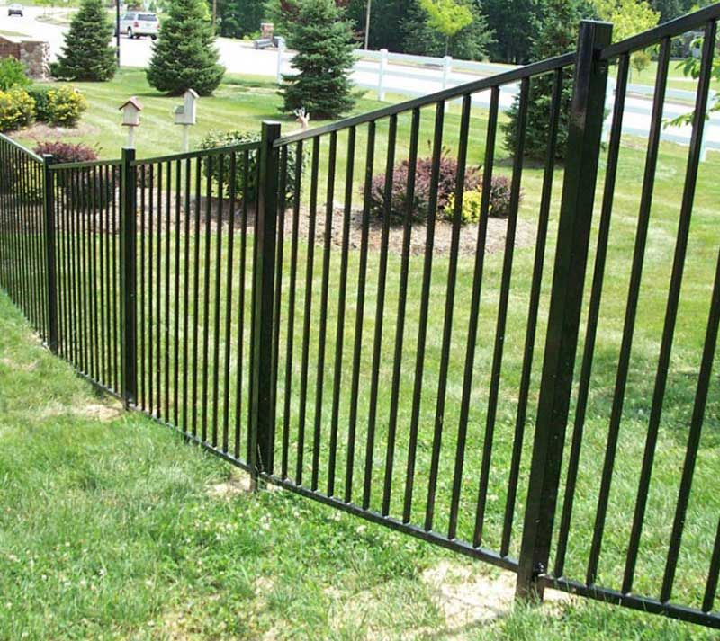 Fence We Are A Manufacturer Of Rackable Commercial Fence Welcome To Consult In 2020 Fence Contractor Fence Design House Gate Design
