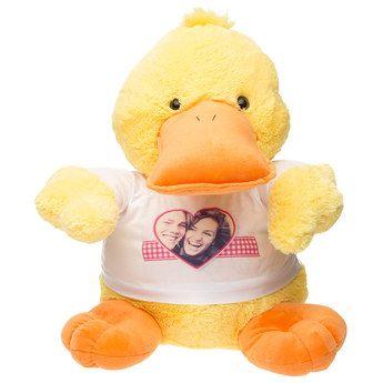 Bestel een grote eend met eigen T-shirt! Laat het T-shirt van de knuffel bedrukken met naam, foto of tekst.