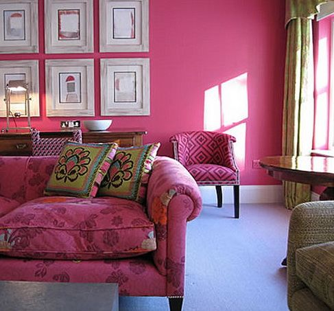 In this entirely monochromatic room, the unlikely color of magenta ...